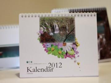 plitvice_stolni_kalendar_dizajn_2012_1